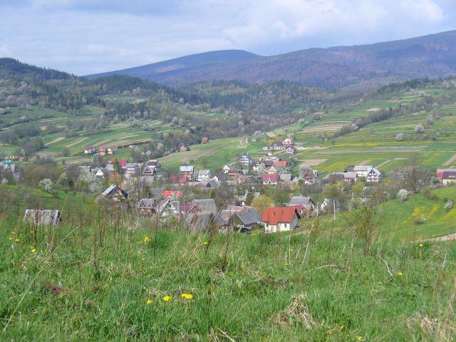 Domki w dolinie - kliknij żeby powiększyć