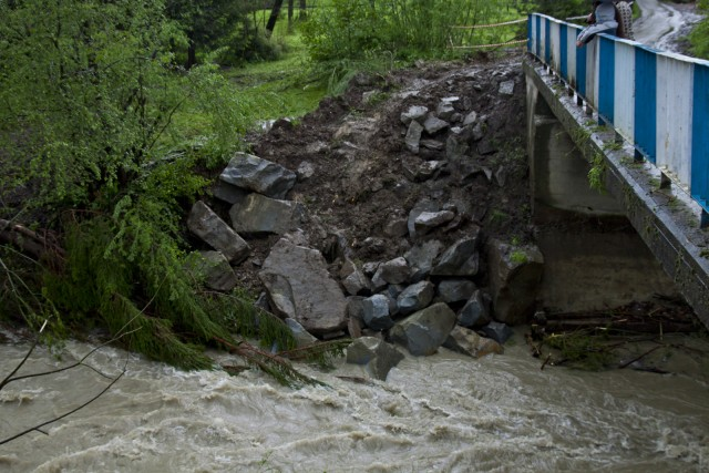Podmyty most - kliknij żeby powiększyć